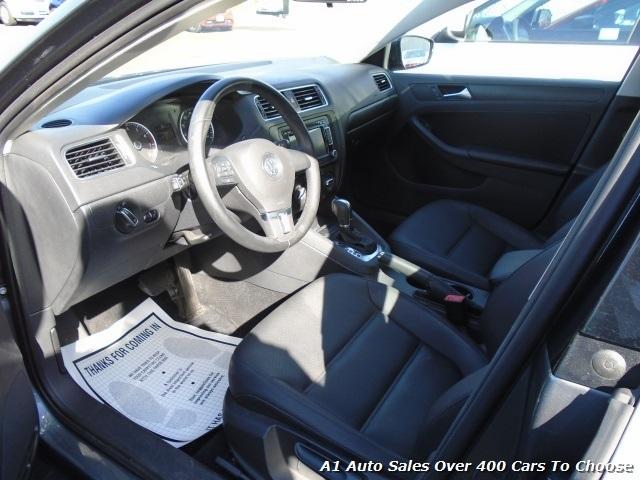 2012 Volkswagen Jetta SE PZEV Sedan