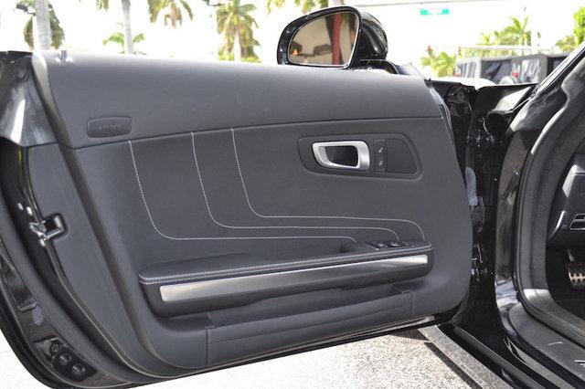 2012 Mercedes-Benz SLS AMG 2dr Roadster SLS AMG