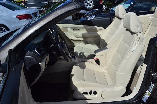 2012 Volkswagen Eos 2dr Convertible Komfort SULEV