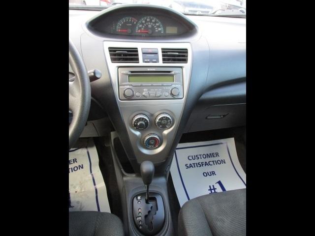 2012 Toyota Yaris Sedan