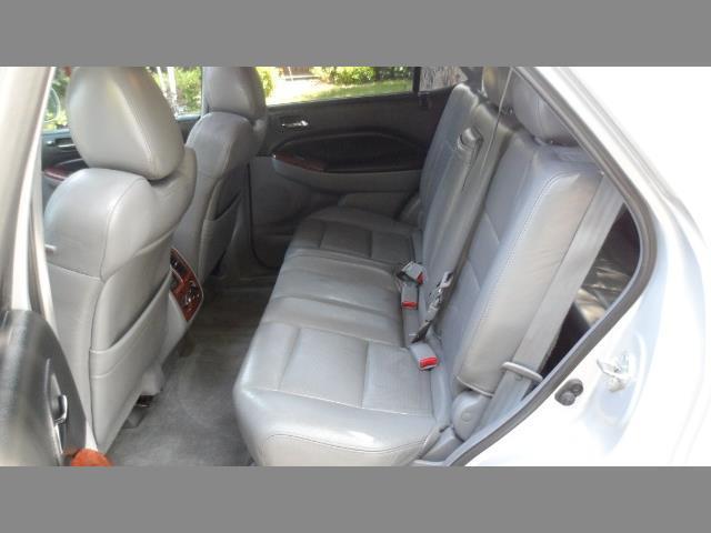 2004 Acura MDX SUV