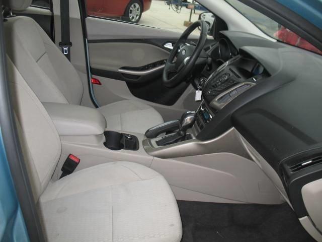 2012 Ford Focus SEL Sedan