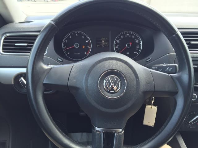 2013 Volkswagen Jetta SE PZEV Sedan