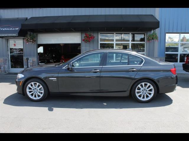 2012 BMW 528i xDrive Sedan