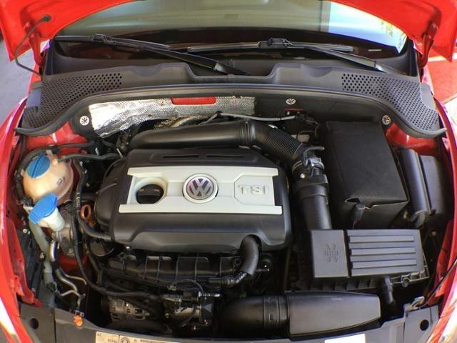 2012 Volkswagen Beetle 2.0T Turbo w/Sound/Nav PZEV