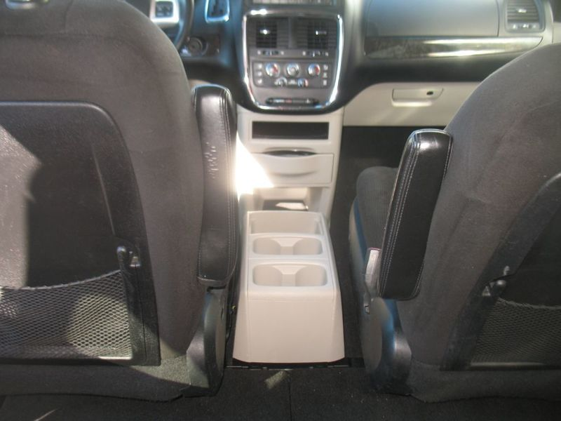 2012 Dodge Grand Caravan 3RD ROW SEATING