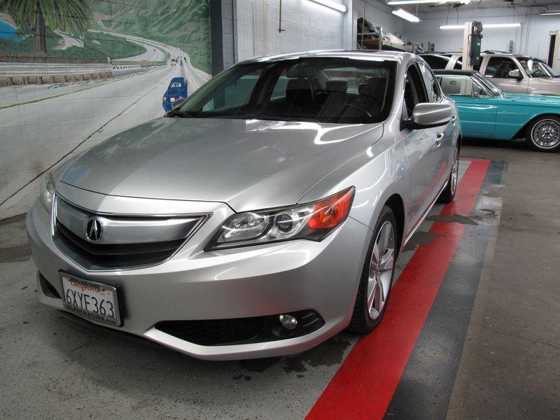 2013 Acura ILX Tech Pkg
