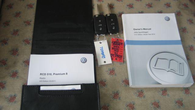 2012 Volkswagen Jetta TDI w/Sunroof